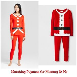 Matching pajamas for Mommy and me 🎄🎄